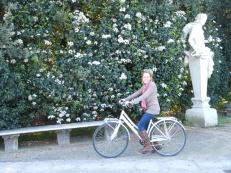 gardens + bike rides = :)